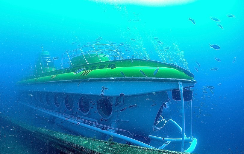 Submarine_Tenerife_south